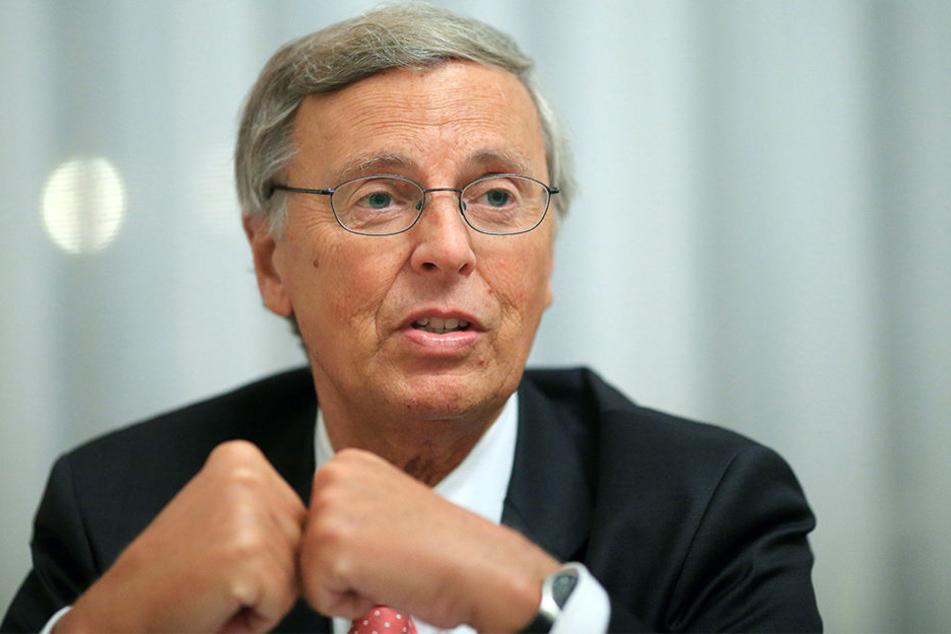 2016 verkündete Wolfgang Bosbach, dass er sich aus der Bundespolitik zurückziehen will.