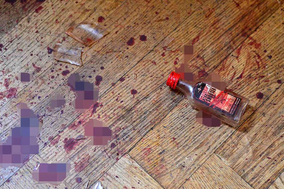 Nach dem Überfall waren auf dem Boden noch deutliche Blutspuren zu sehen.