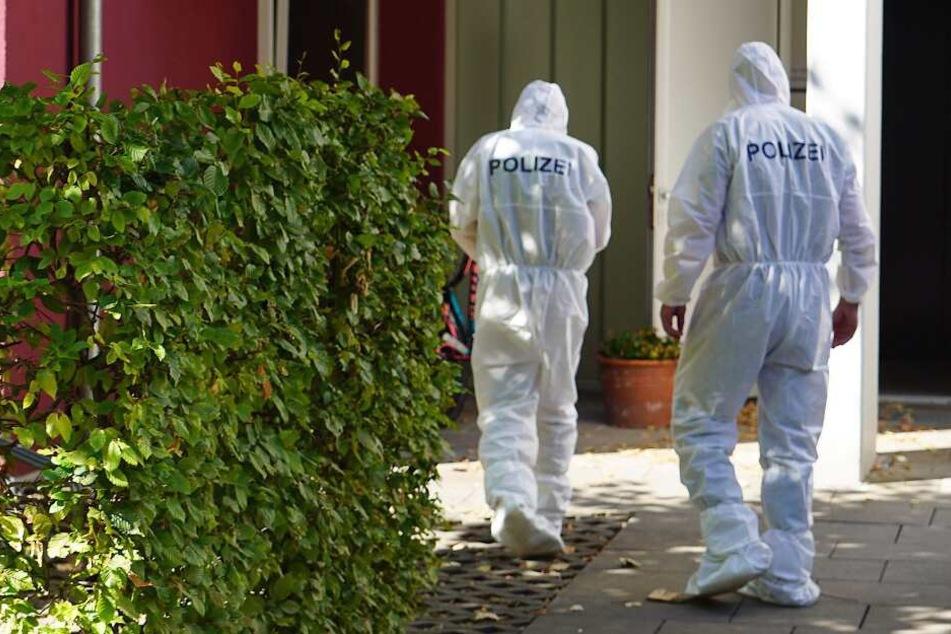 Frau (58) wird tot in Wohnung gefunden: Ist ihr Ehemann der Mörder?