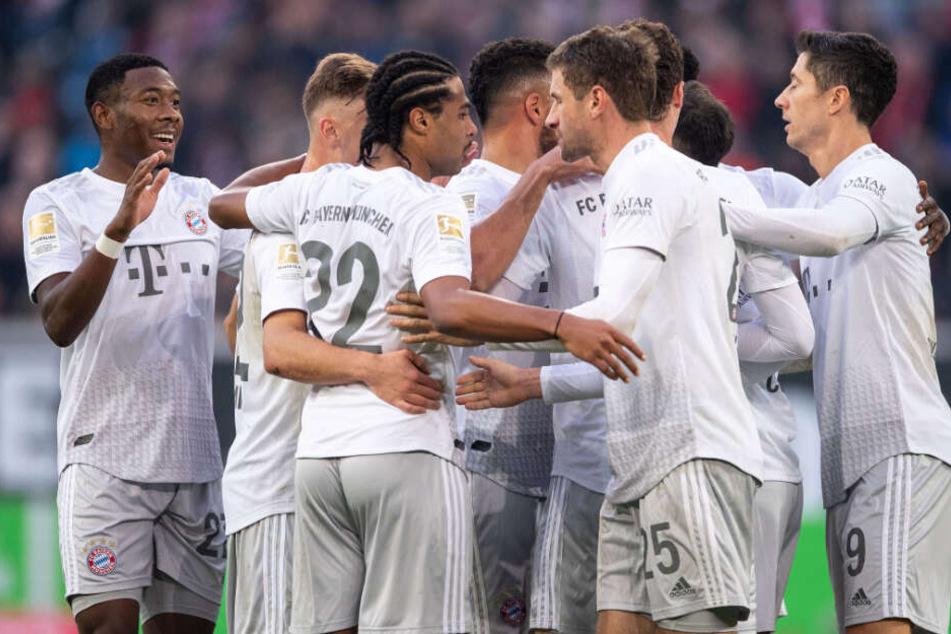 Der FC Bayern dominierte das Auswärtsspiel bei Fortuna Düsseldorf.