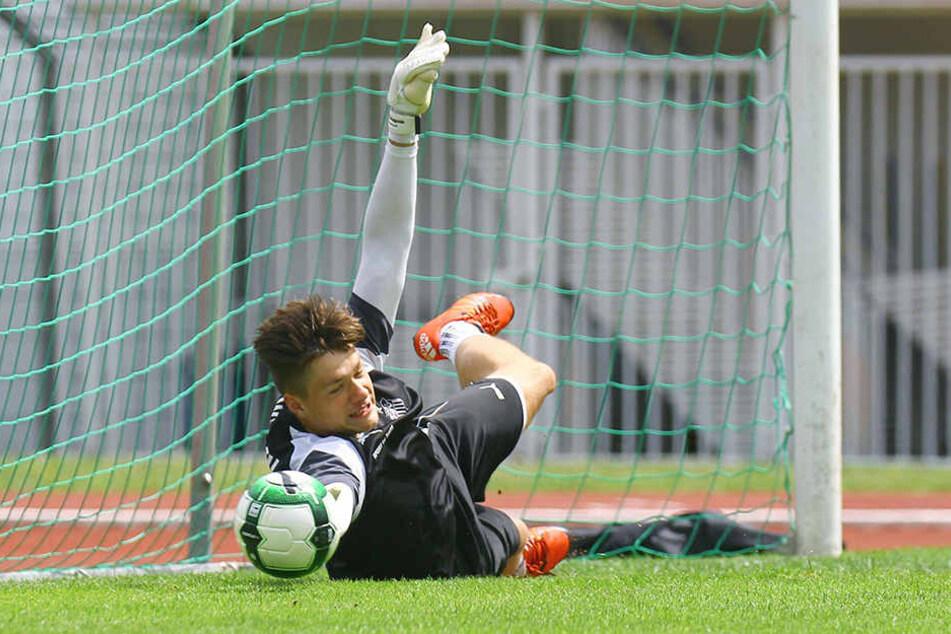 Ich hab den Ball! Eine tolle Parade von FSV-Youngster Max Sprang im Testspiel gegen Nordhausen.