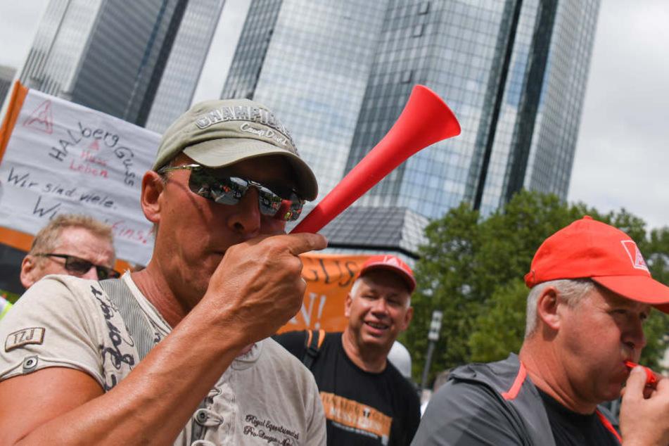 Sollte es zu keiner Einigung, drohen die Mitarbeiter der Gießerei wieder mit Streik.