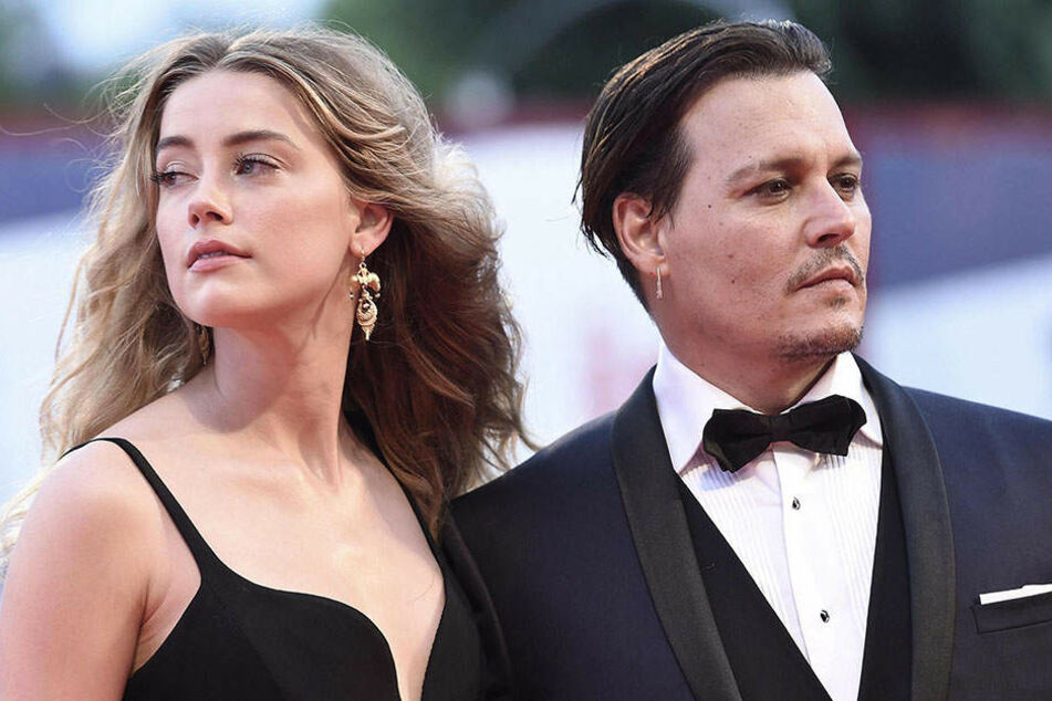 Gut ein Jahr hielt die Ehe mit Amber Heard. Danach verklagte sie ihn wegen angeblicher Handgreiflichkeiten. Es folgte ein Rosenkrieg.