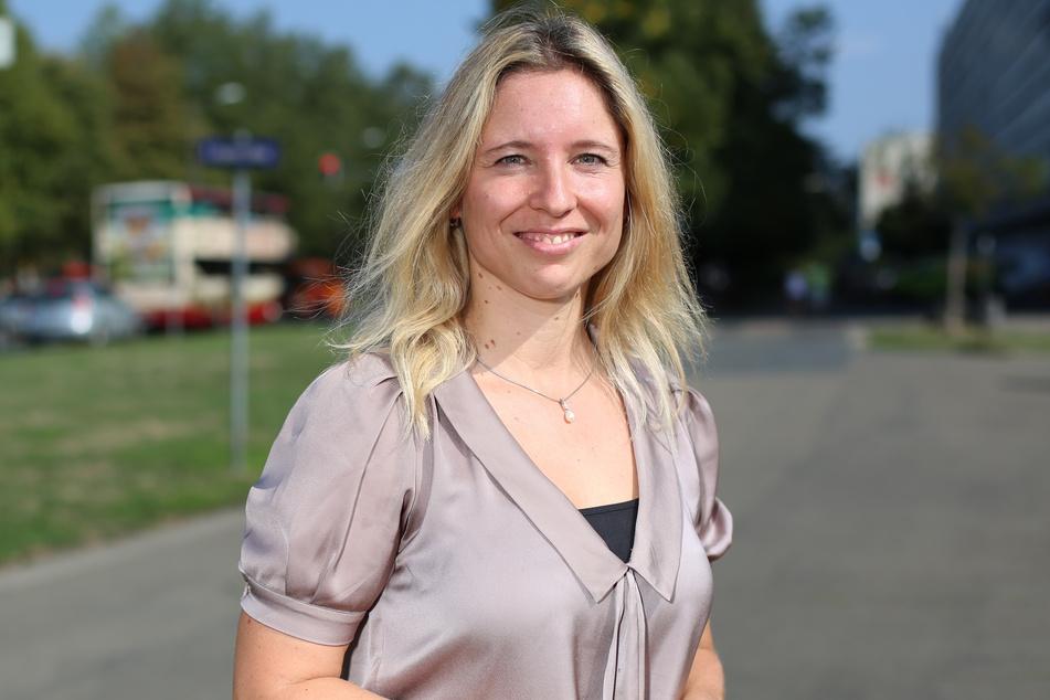 Ina Helzig (38) vom Klimaschutzstab der Stadt arbeitet daran, Dresden klimaneutral zu machen.