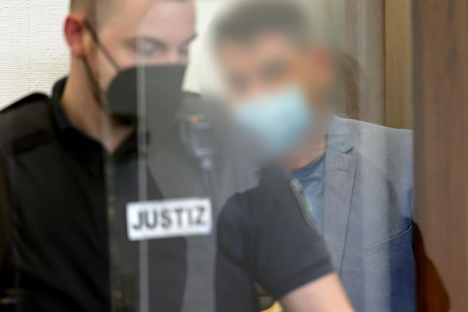 Der Prozess gegen den 40-jährigen Angeklagten ist am Kölner Landgericht in vollem Gange.