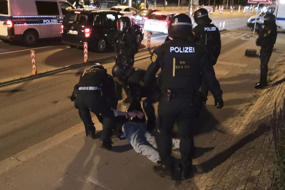 Stuttgart: Nach Polizei-Großeinsatz in Stuttgart wird Verweilverbot geprüft