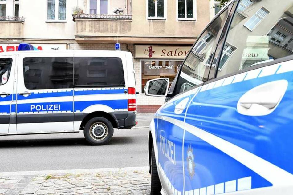 Die Polizei sucht nach den Tätern des Raubüberfalls (Symbolbild).