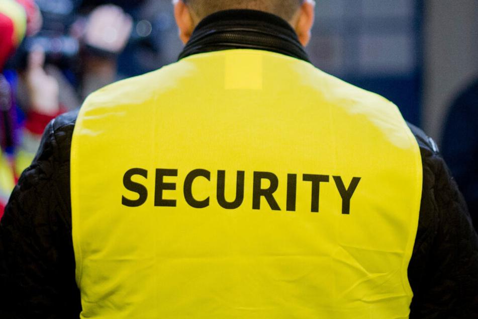 """Grundlos? """"Rock im Park""""-Security-Mitarbeiter sollen junge Männer gewürgt haben"""