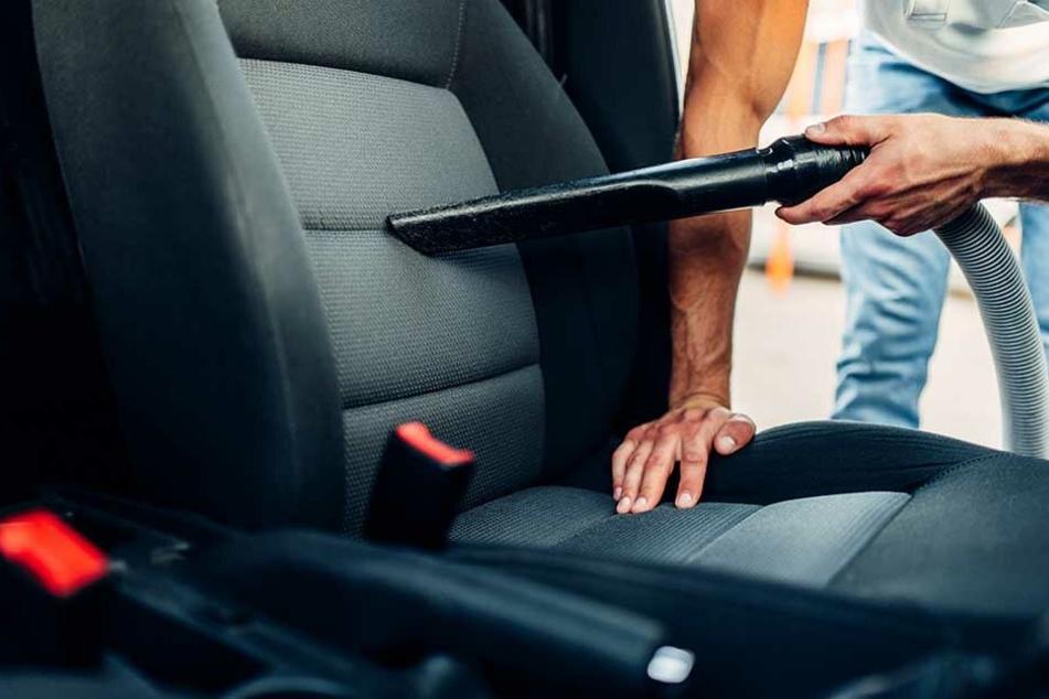 Typische Sisyphos-Arbeit: Vor Kinderfahrten das Auto reinigen.