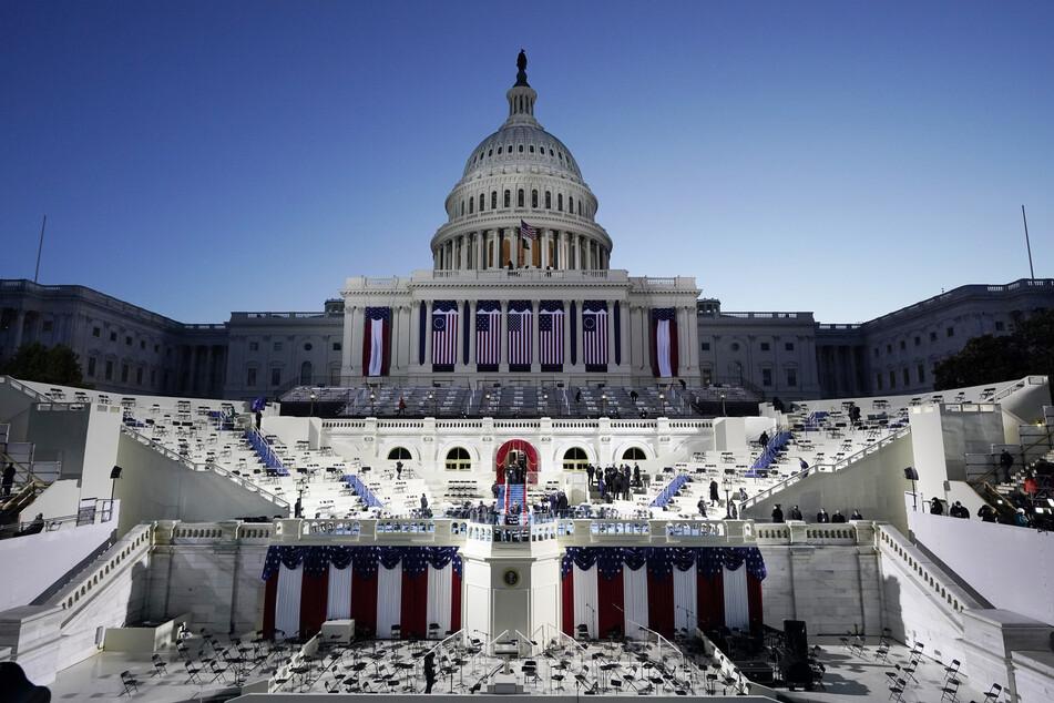 Das Weiße Haus in Washington. Bidens Amtseinführung findet angesichts der Corona-Pandemie ohne das sonst übliche Massenpublikum statt. Zudem gelten verschärfte Sicherheitsvorkehrungen.