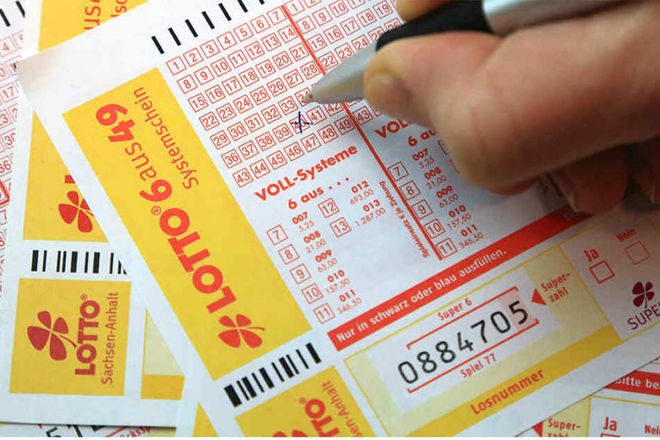 Die Lotto-Spielerin gewann mit einem Spieleinsatz von 20,60 Euro unvorstellbare 17,6 Millionen Euro. (Symbolbild)