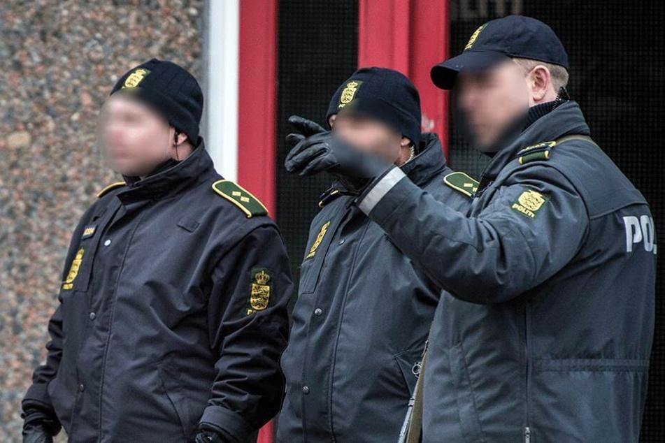 Polizisten im Einsatz (Symbolbild).