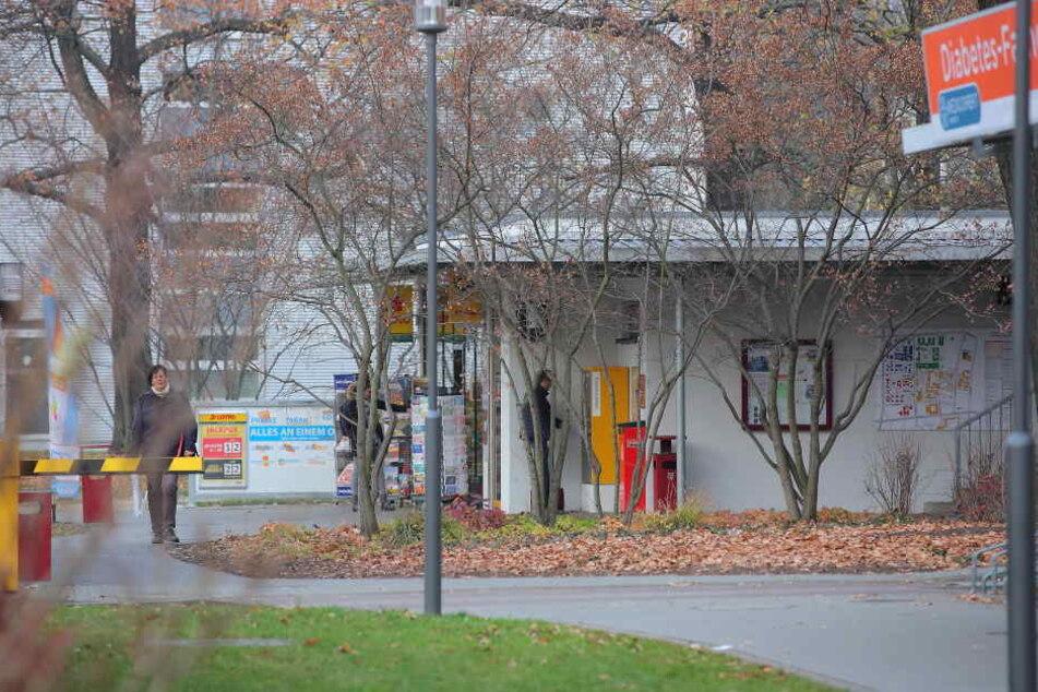 Den Kiosk am EIngangsbereich der Uniklinik wollte der Jugendliche überfallen.