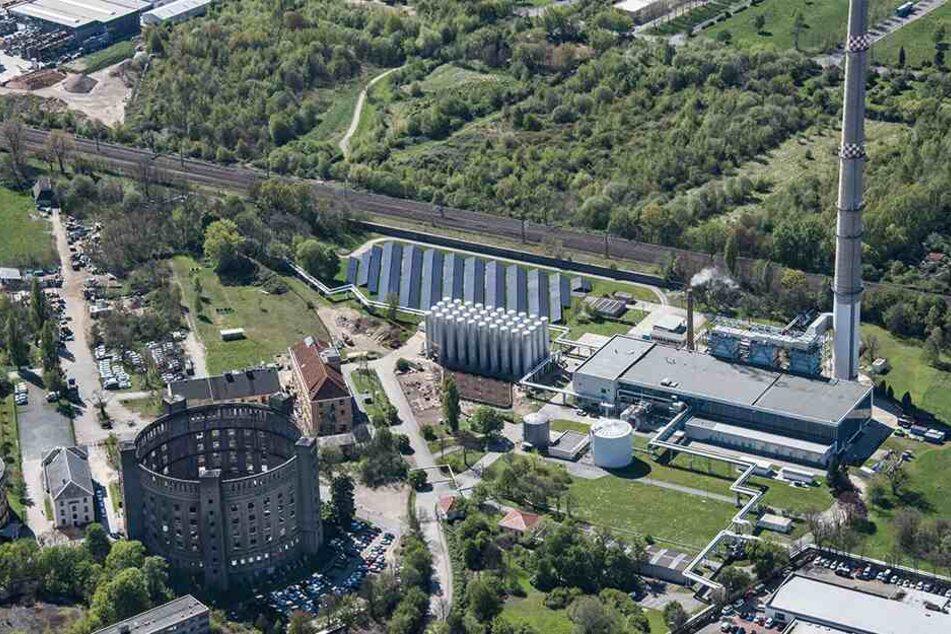 In Dresden-Reick betreibt die Drewag ein Innovationskraftwerk. Auch eine große Solaranlage befindet sich dort an dem historischen Standort.