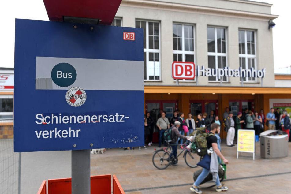 Leipzig: Hauptbahnhof Halle: Vor der Eröffnung wird nochmal voll gesperrt