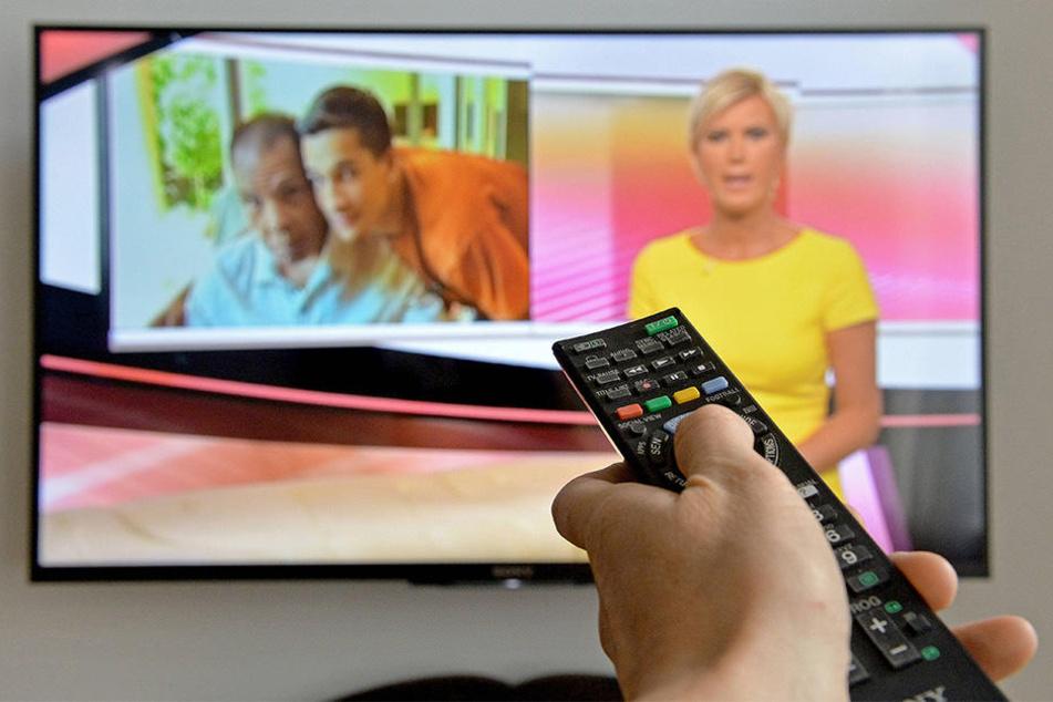 Wer Fernsehen will, muss Gebühren zahlen. Das ist in Deutschland schon seit Jahrzehnten der Fall. Aber nicht jeder sieht das ein!