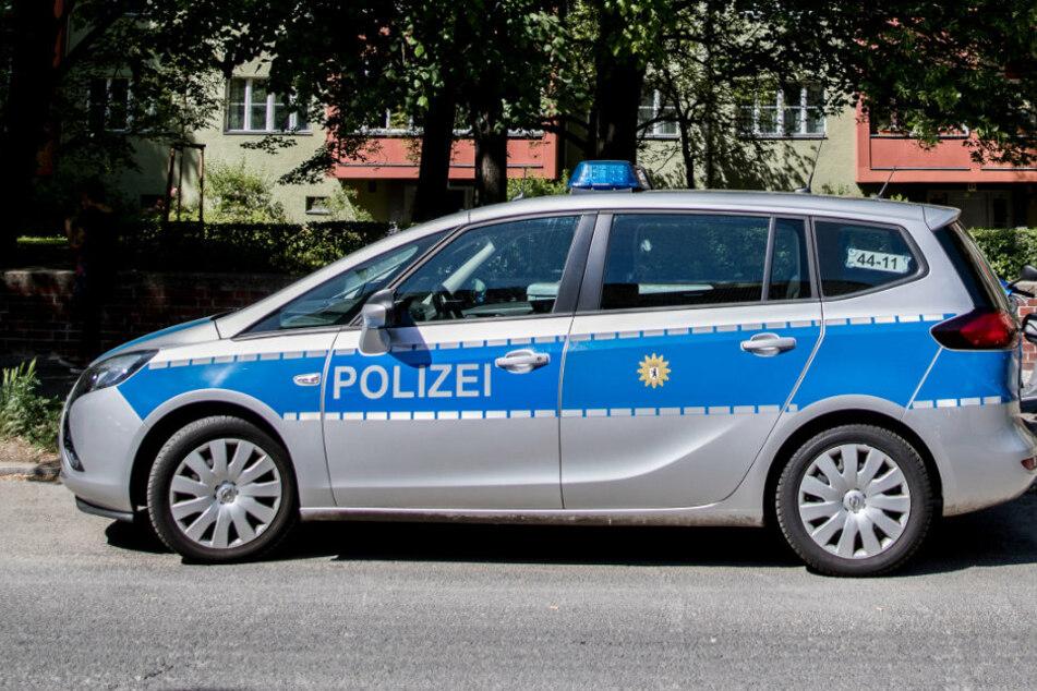 Berlin: Tote Frau in Wohnung entdeckt, dann klicken die Handschellen
