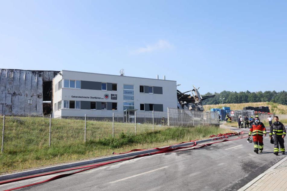 Noch immer ist nicht klar, welche Stoffe bei dem Brand in Heinsdorfergrund möglicherweise freigesetzt wurden.