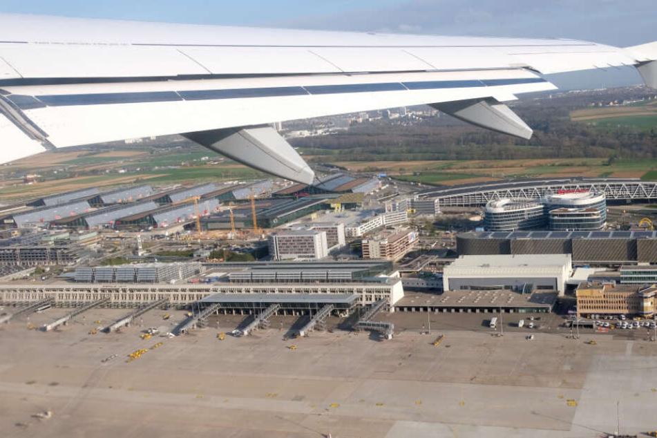 """Die Lufthansa ist bestrebt, """"das volle Flugprogramm aufrechtzuerhalten""""."""