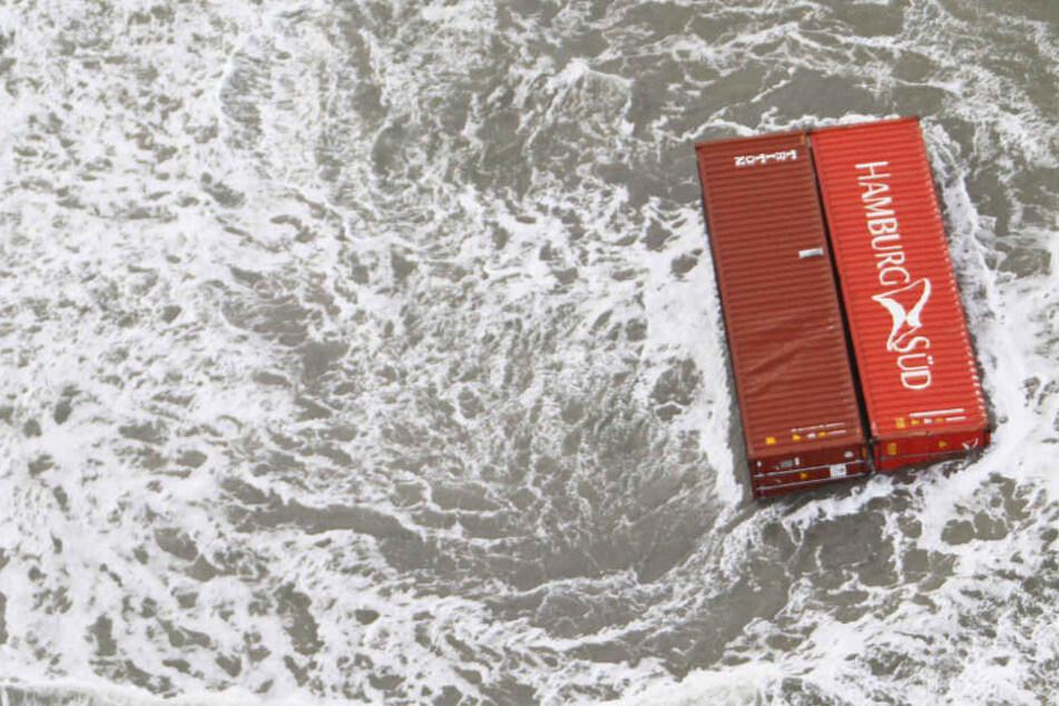 Nach Frachter-Unglück: Container-Bergung wird Monate dauern