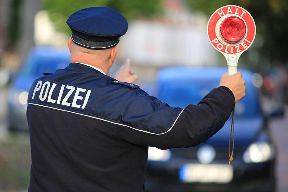 Was Polizeibeamte im Zuge einer Fahrzeugkontrolle in Dessau-Roßlau (Sachsen-Anhalt) erlebten, klingt schier unglaublich. (Symbolbild)
