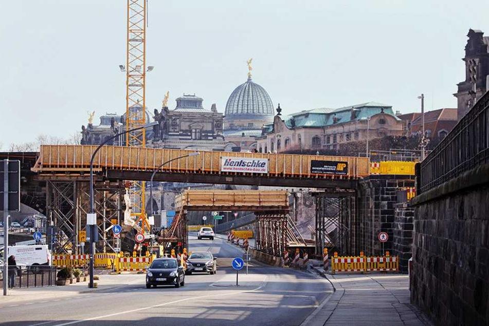 Die Augustusbrücke wird definitiv erst 2020 fertig.
