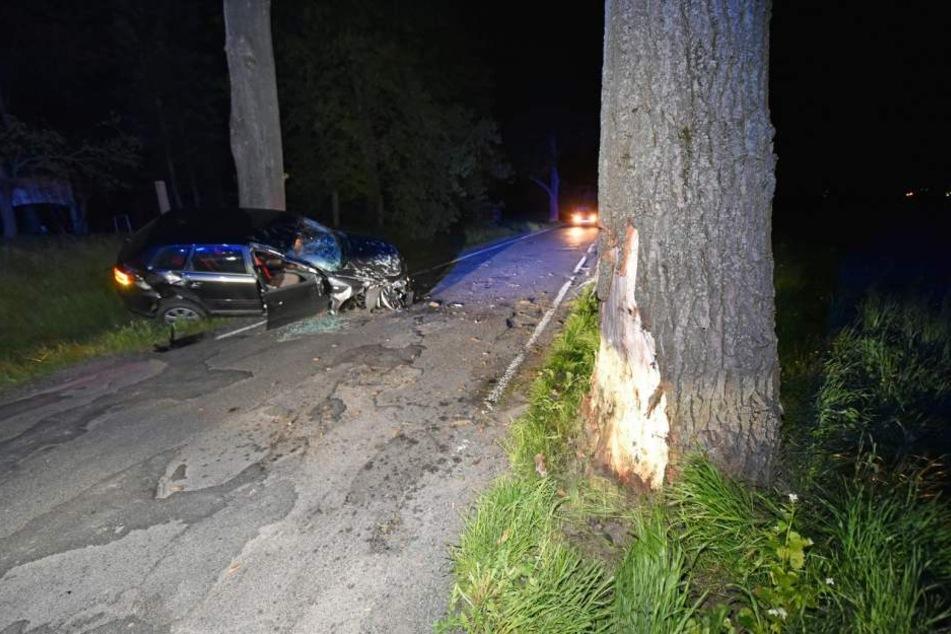 Auf der Neustädter Straße in Bautzen kam es am späten Montagabend zu einem schweren Verkehrsunfall.