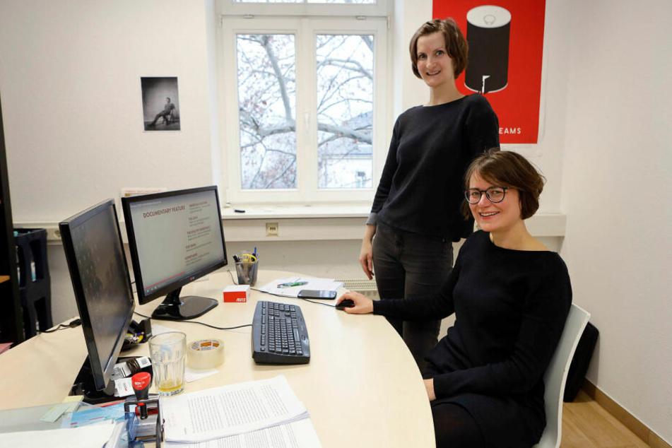 Tina Börner (36, r.) und Prisca Beyer (33) arbeiteten an dem Film mit und verfolgten die Nominierung am Bildschirm.