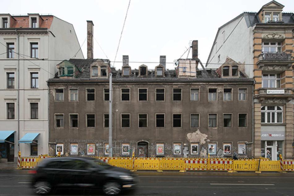 Es soll einem Neubau weichen: das zum Abriss freigegebene Haus aus dem 18. Jahrhundert in der Nachbarschaft zum Milchladen.