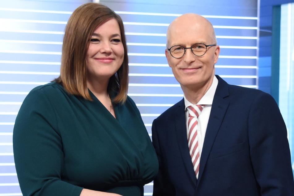Katharina Fegebank (Grüne) und Bürgermeister Peter Tschentscher (SPD) müssen vorerst auf Abstand gehen. (Archivbild)