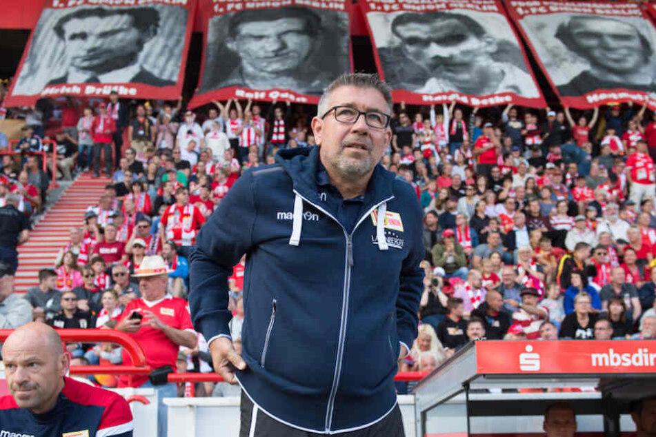 Union-Trainer Urs Fischer (52) freut sich auf das Heimspiel vor voller Hütte gegen Erzgebirge Aue.