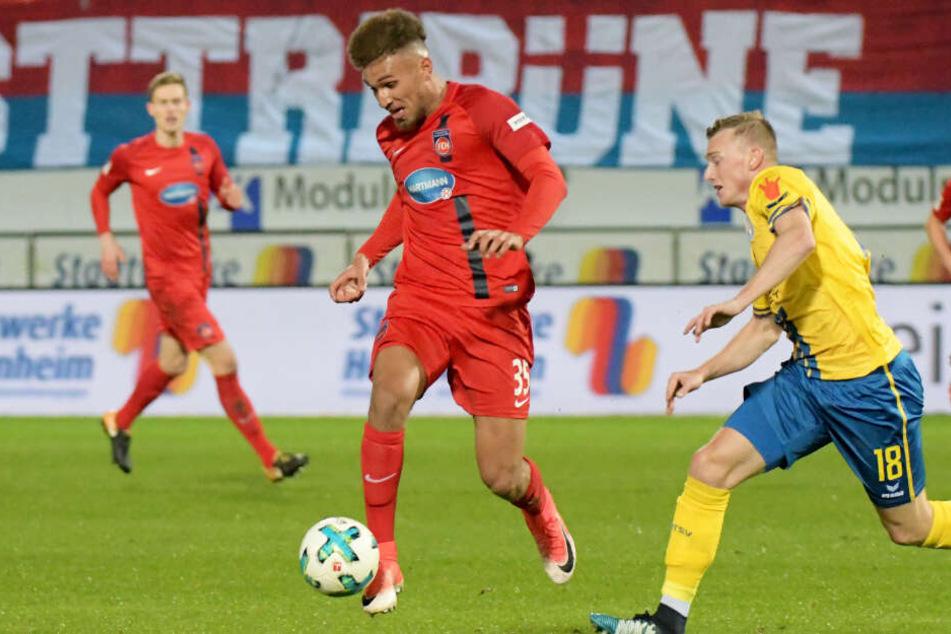 Da hatter er noch für Heidenheim den Ball am Fuß: Kevin Lankford wechselt nun aber zum FC St. Pauli.