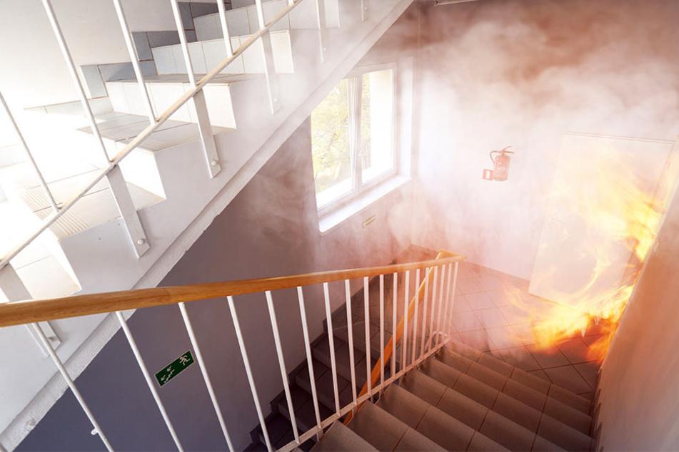 32-Jährige stirbt in brennendem Haus