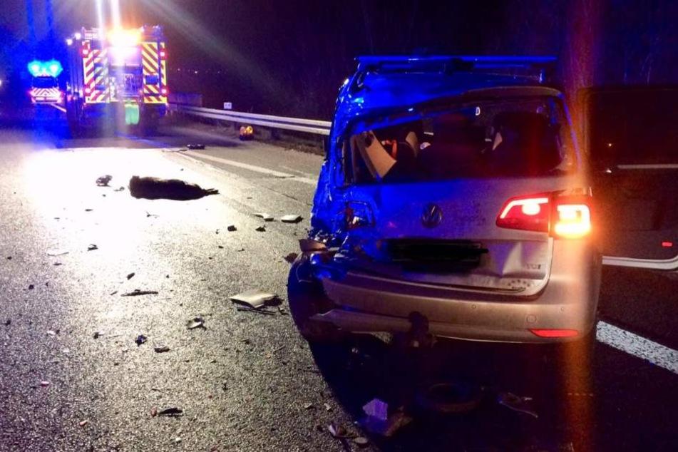 Mehrere Menschen wurden bei dem Unfall auf der A485 verletzt.