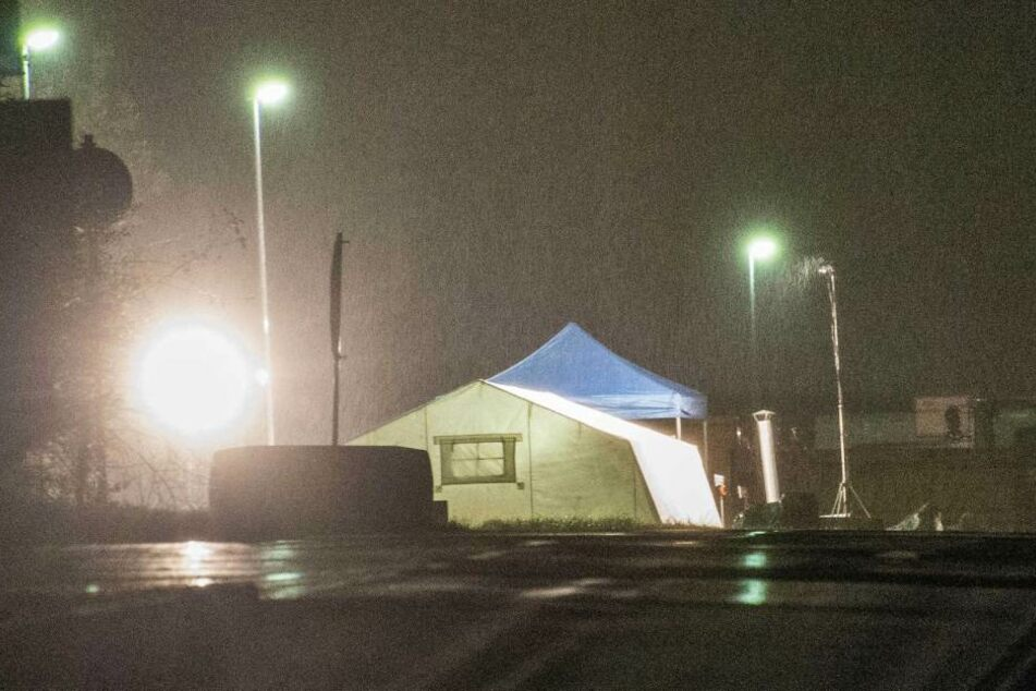 Die Polizei durchsucht die Mülldeponie Steinbach bei Backnang nahe Stuttgart nach Spuren der Vermissten 22-Jährigen.
