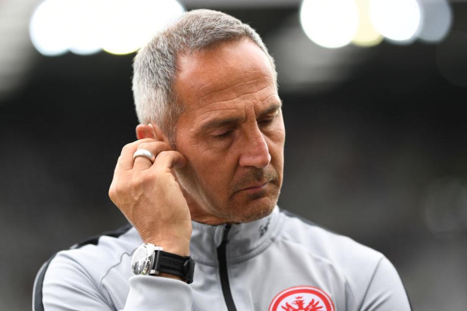 Sieht sich in Dortmund argen Personal-Problemen gegenübergestellt: Eintracht-Trainer Adi Hütter.