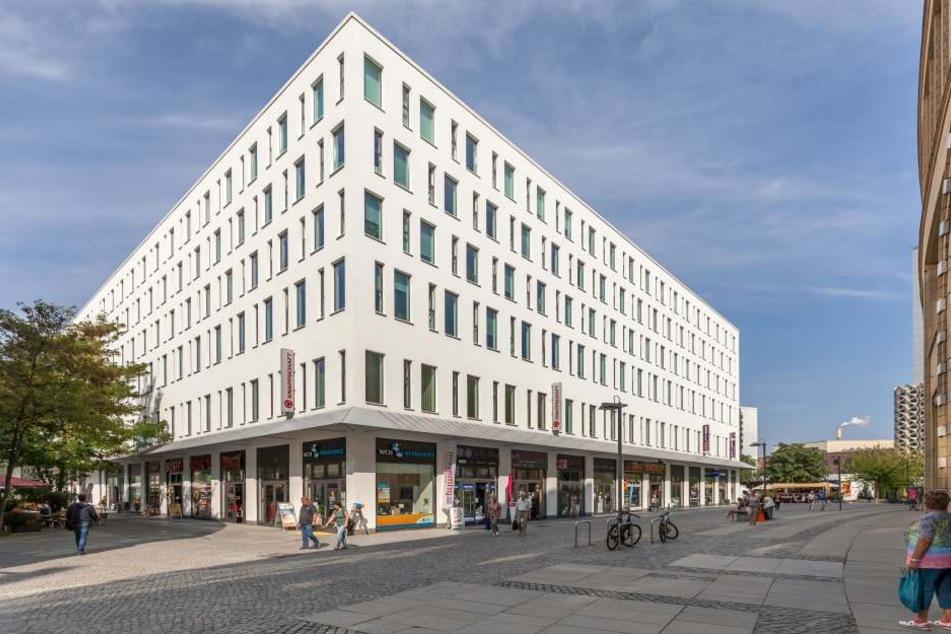 Im Bürgerhaus am Wall (Düsseldorfer Platz) kommt es derzeit zu einem enormen Besucheransturm.