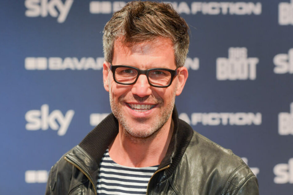 Tim Bergmann schlümpft erneut in die Rolle des Dr. Abels.