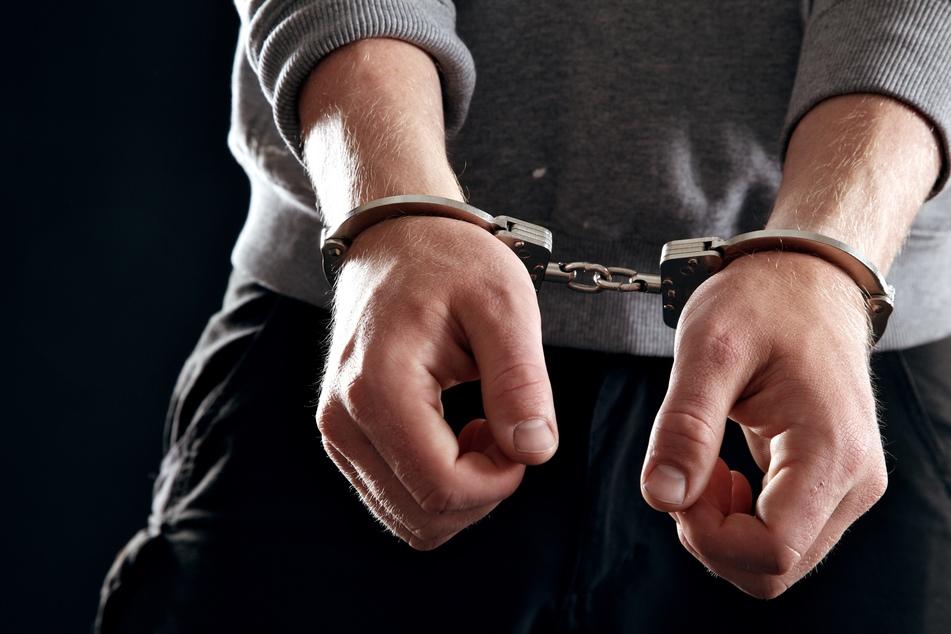 Pärchen lockte Mann in Sexfalle: Tatverdächtige sind minderjährig