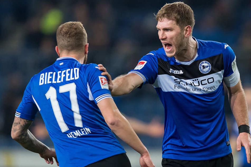 Fabian Klos (re.) will weiterhin ein Führungsspieler sein, um dem Team zu helfen.