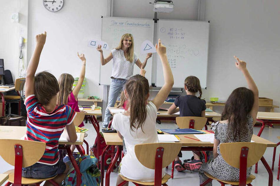 Der Name einer Lehrerin hat für störendes Gekicher im Klassenraum gesorgt.