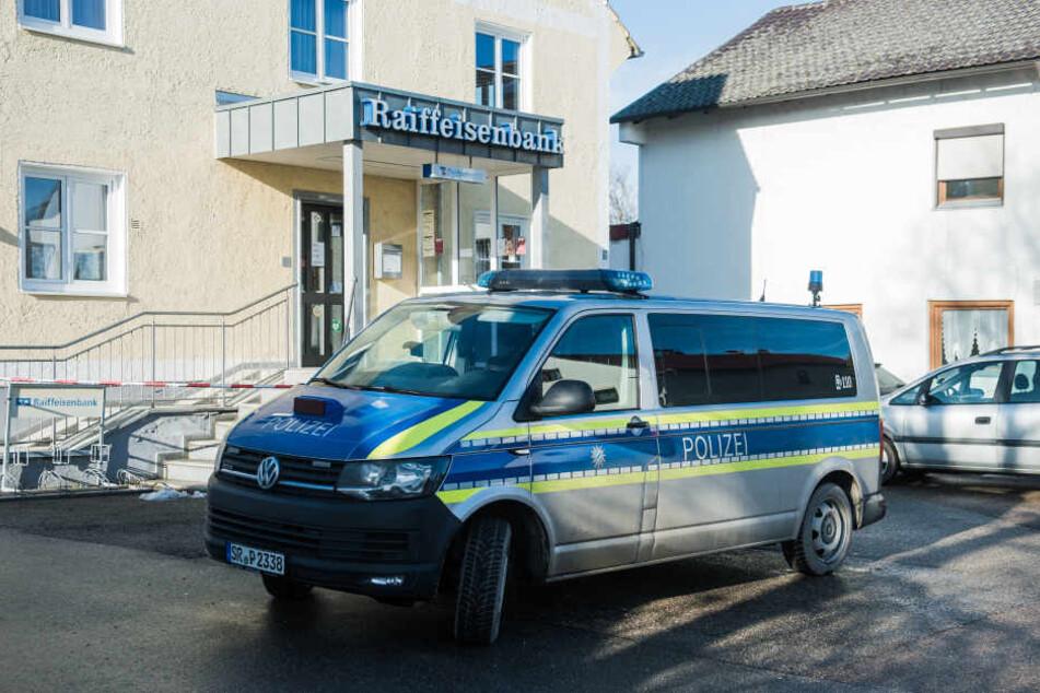 Die Bankfiliale in Obersüßbach wurde ausgeraubt.