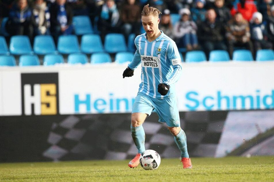 Björn Jopek spielt im zentralen Mittelfeld eine gute Rolle. Der 23-Jährige ist zum Rückrundenstart gesetzt.