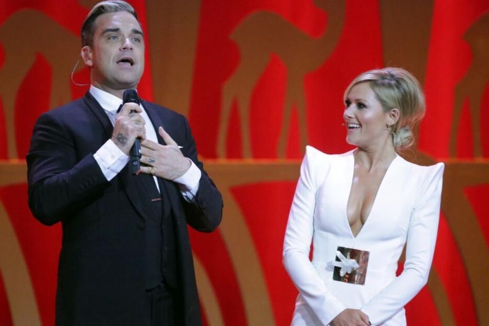 Der britische Popstar singt ein Weihnachtsduell mit Helene Fischer.