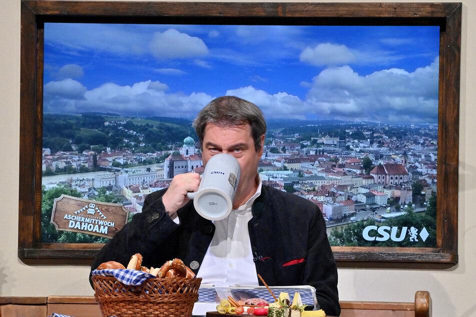 Keine Milch- und tierischen Produkte mehr für Markus Söder (54)? Nicht ganz: Bei der Nachricht handelte es sich um einen Witz zum 1. April.