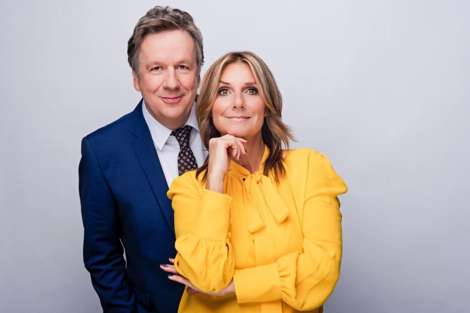 Moderieren das Riverboat jeden Freitag: Jörg Kachelmann und Kim Fisher.