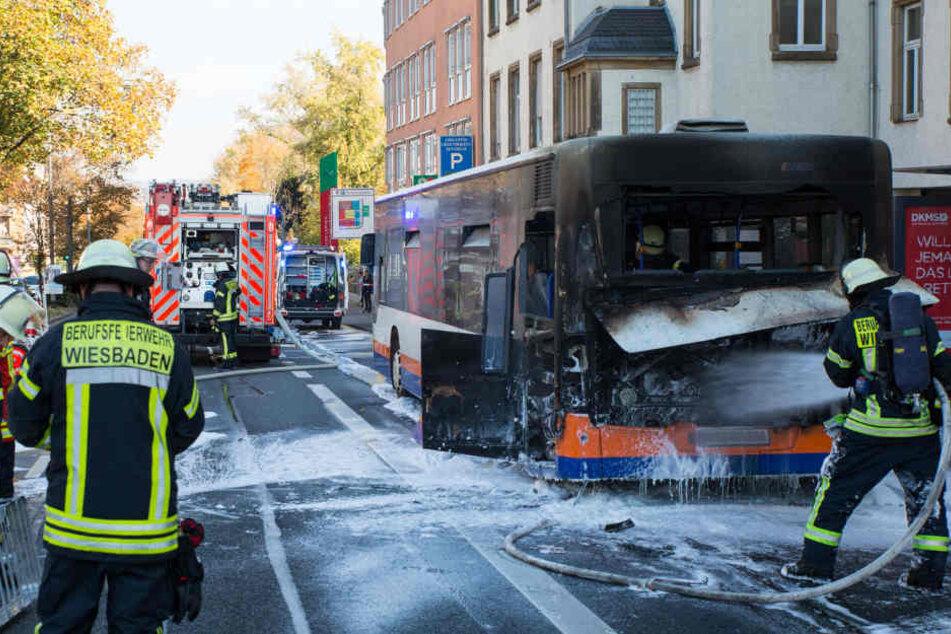 Die Fahrgäste konnten den Bus noch rechtzeitig verlassen.