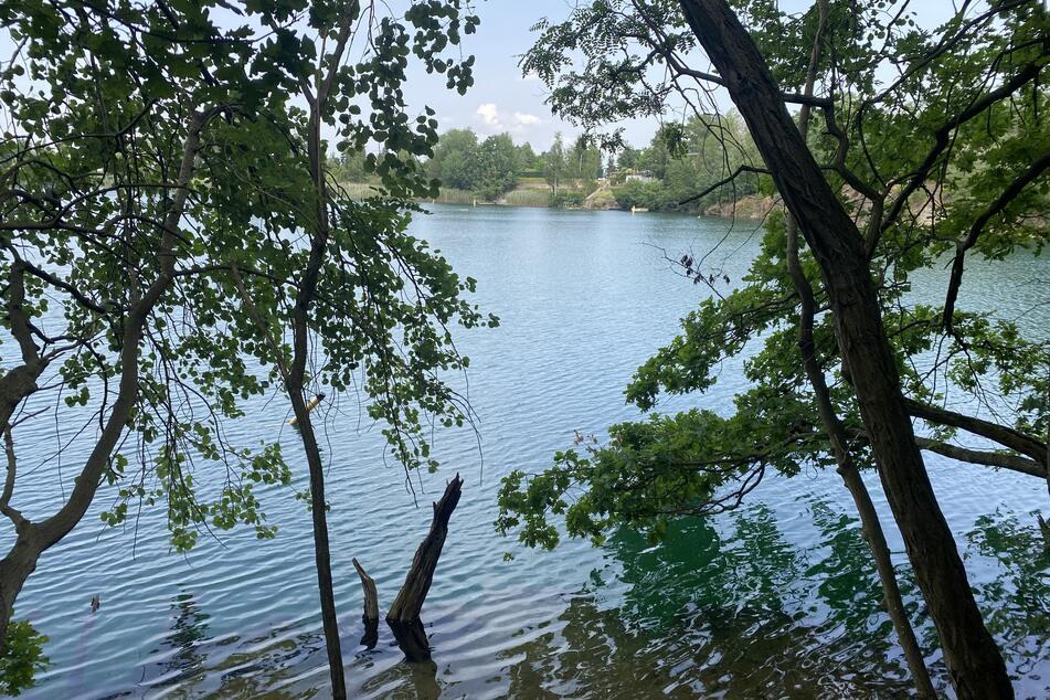 Ein Tauchgang im Steinbruchsee Wildschütz endete für zwei Männer am Samstagmittag tödlich.