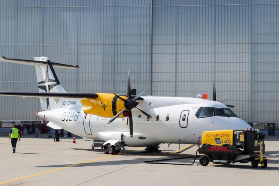 Eine Dornier 328 auf dem Flughafen Leipzig/Halle. Ein Nachfolger des Modells soll künftig in Schkeuditz gebaut werden.