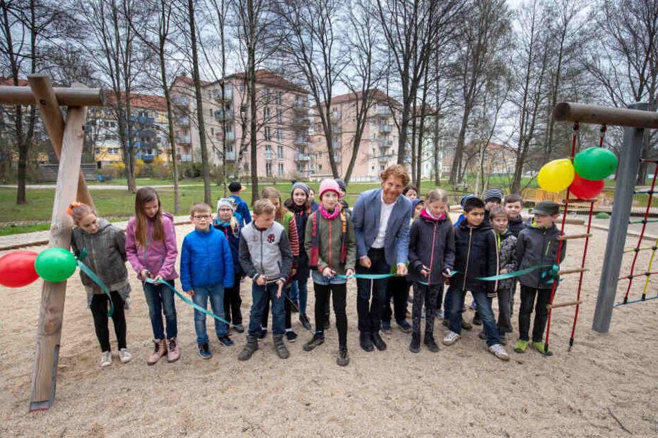 Hier eröffnete Baubürgermeister Michael Stötzer (47, Grüne) im vergangenen Jahr den Spielplatz am Talangerpark.
